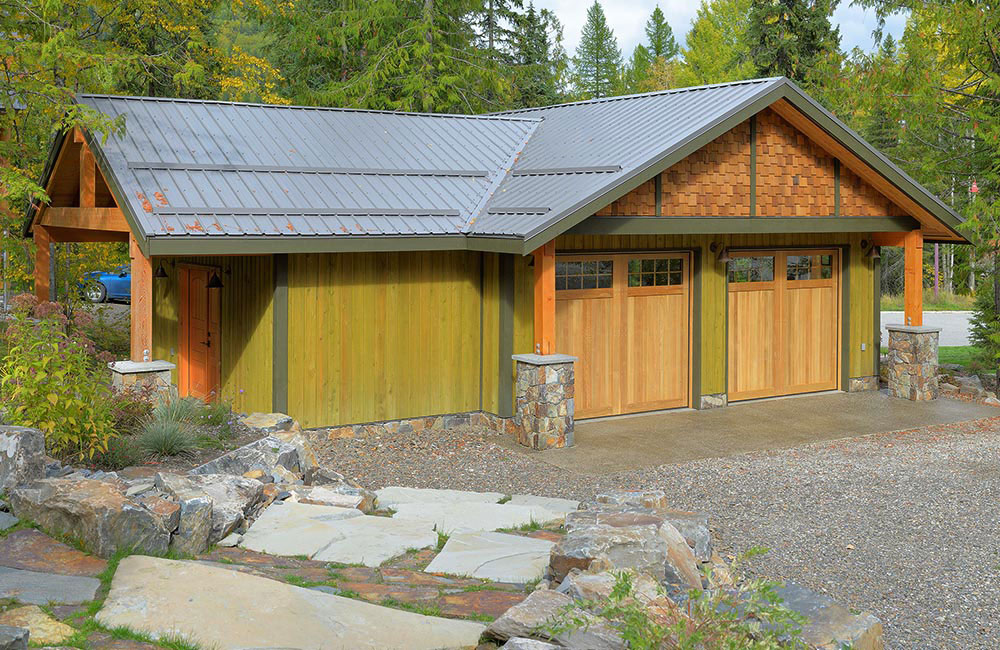 Residential Roof for Garage featuring FC-36 Panel in Charcoal with Snow Stops