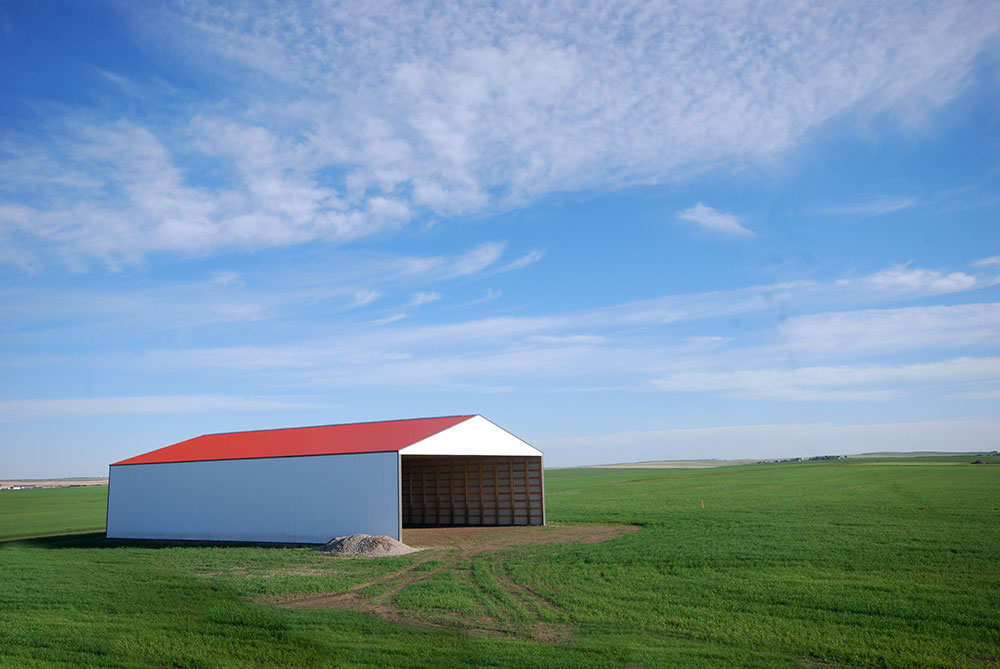 Agricultural Hay Shed featuring FC-36 Panel in Bright Red and Bright White