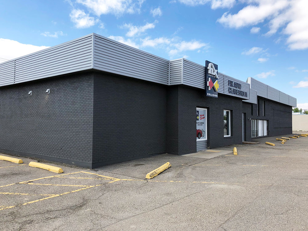 Retail Building with Custom Fascia Accent in Regent Grey