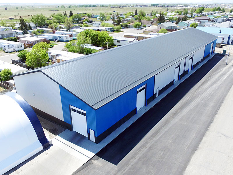 Commercial Shop in FC-36 Siding in Royal Blue, Bright White and Black