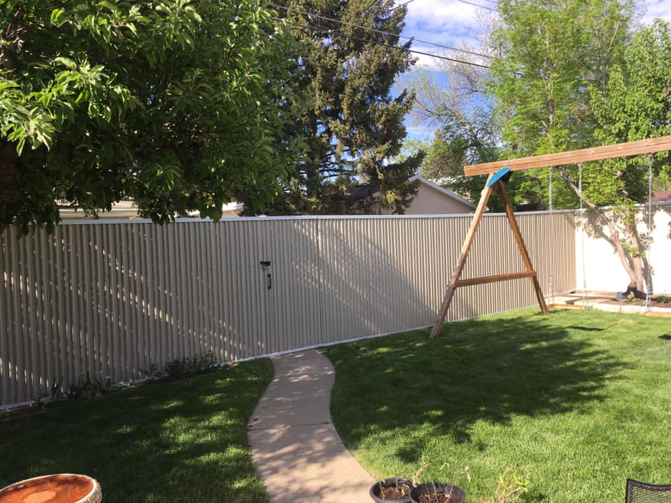 "7/8"" Corrugated Fencing"